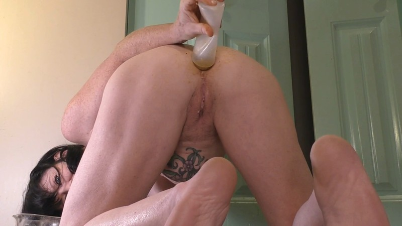 Poop Out and In Again with Dirty garden girl Prolapse Scat Porn ...