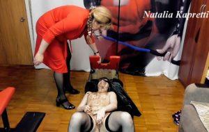 Trash mouth of slavegirl, always at hand with Mistress slave girl